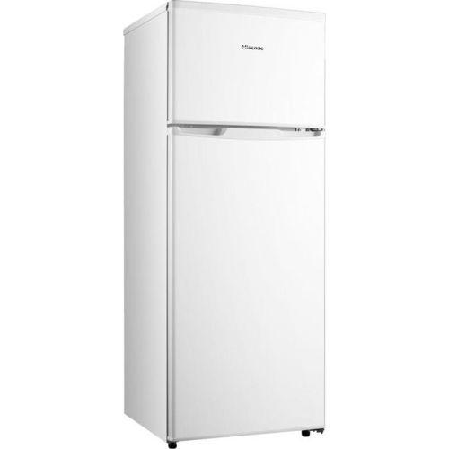 Холодильник Hisense.