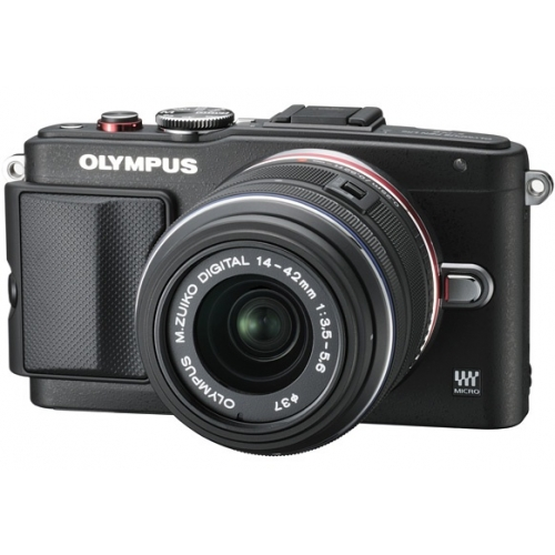 Цифровой фотоаппарат Olympus.
