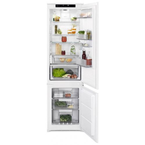Встраиваемый холодильник Electrolux RNS9TE19S белый белого цвета